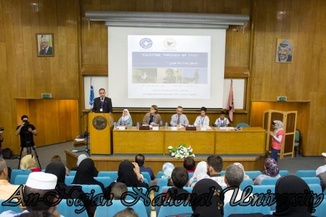 إفتتاح معرض صور في الجامعة بعنوان فلسطين كما تراها عيوني 15.10.2012 11