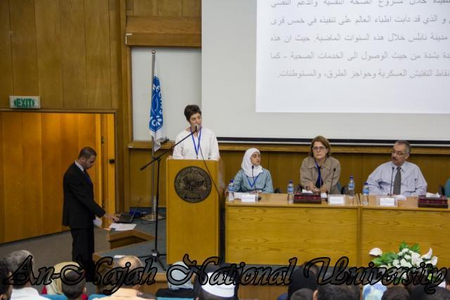 إفتتاح معرض صور في الجامعة بعنوان فلسطين كما تراها عيوني 15.10.2012 16