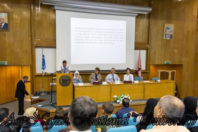 إفتتاح معرض صور في الجامعة بعنوان فلسطين كما تراها عيوني 15.10.2012 20