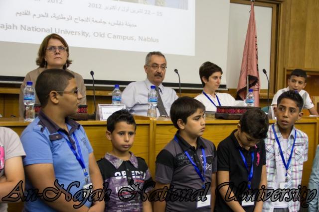 إفتتاح معرض صور في الجامعة بعنوان فلسطين كما تراها عيوني 15.10.2012 23