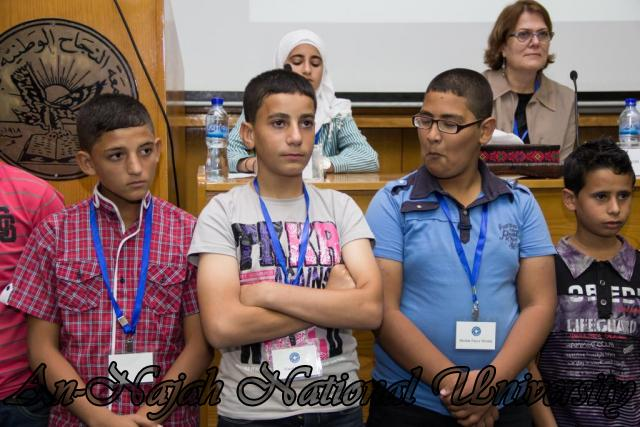 إفتتاح معرض صور في الجامعة بعنوان فلسطين كما تراها عيوني 15.10.2012 24