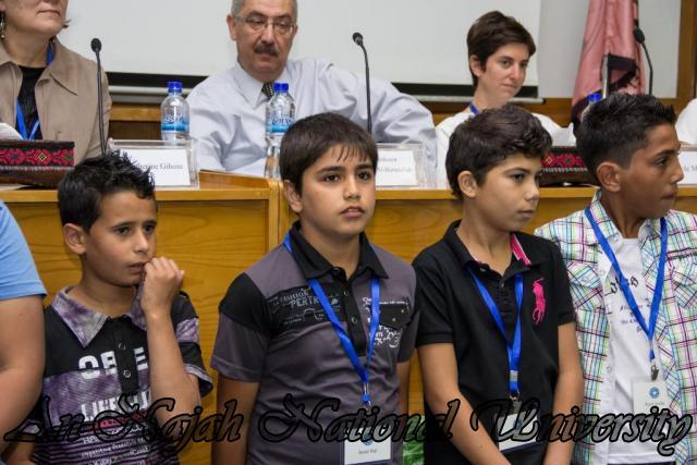 إفتتاح معرض صور في الجامعة بعنوان فلسطين كما تراها عيوني 15.10.2012 25