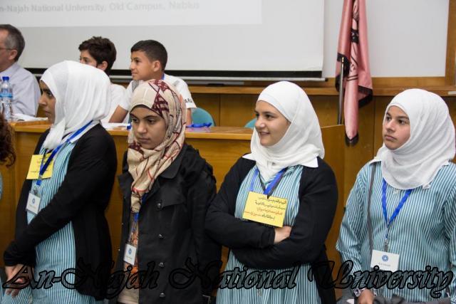 إفتتاح معرض صور في الجامعة بعنوان فلسطين كما تراها عيوني 15.10.2012 26