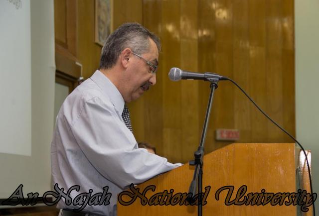 إفتتاح معرض صور في الجامعة بعنوان فلسطين كما تراها عيوني 15.10.2012 8
