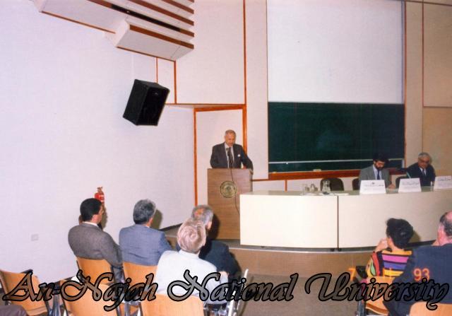 اجتماع في بير زيت مع السوق الاوربية المشتركة