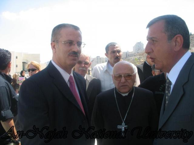 البطريرك ميشيل صباح خلال زيارة جامعة النجاح الوطنية