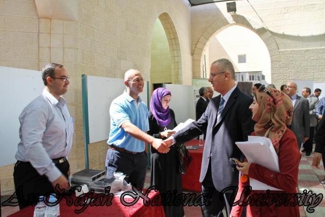 الجامعة تقيم فعاليات يوم النجاح التوظيفي برعاية حصرية من البنك العربي 24.09.2012 22