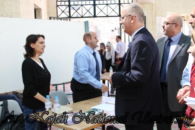 الجامعة تقيم فعاليات يوم النجاح التوظيفي برعاية حصرية من البنك العربي 24.09.2012 24