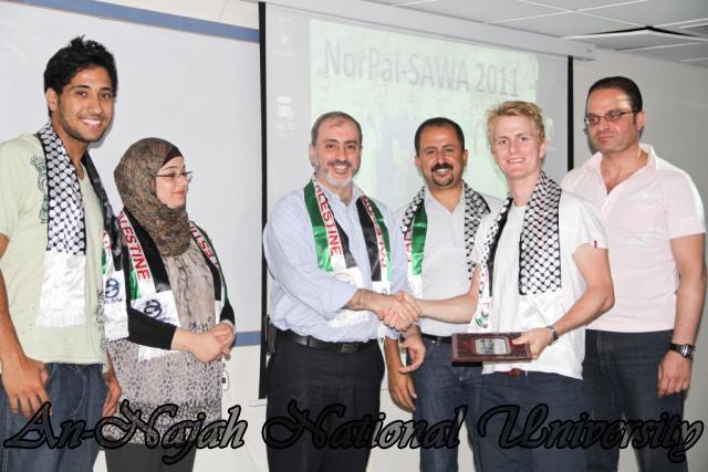 الحفل الختامي لمشروع NorPal SAWA 2011   كلية الطب 5