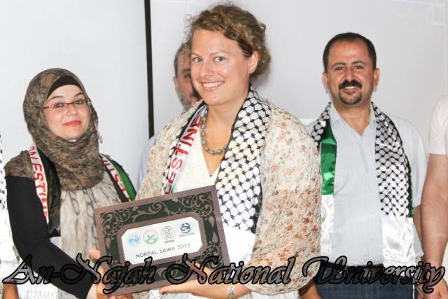 الحفل الختامي لمشروع NorPal SAWA 2011   كلية الطب 8