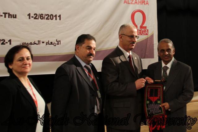 المؤتمر الفلسطيني العالمي الخامس في الكيمياء   كلية العلوم 18
