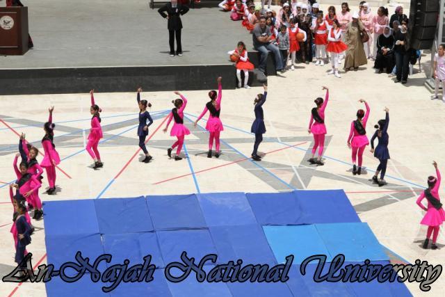 المهرجان الرياضي السنوي لمدارس الاناث 32