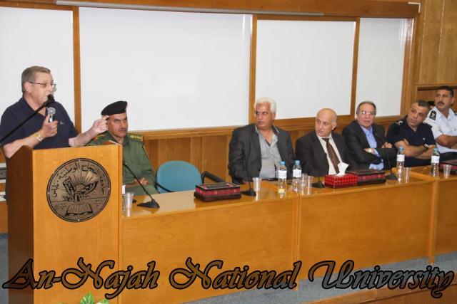 تكريم مدير شرطة نابلس  سابقاً عمر البزور 11.09.2012 21