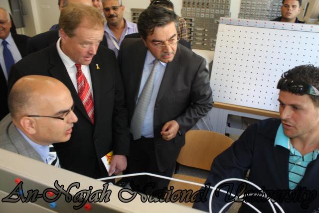 زيارة الدكتور سلام فياض والوزير ديرك نيبل