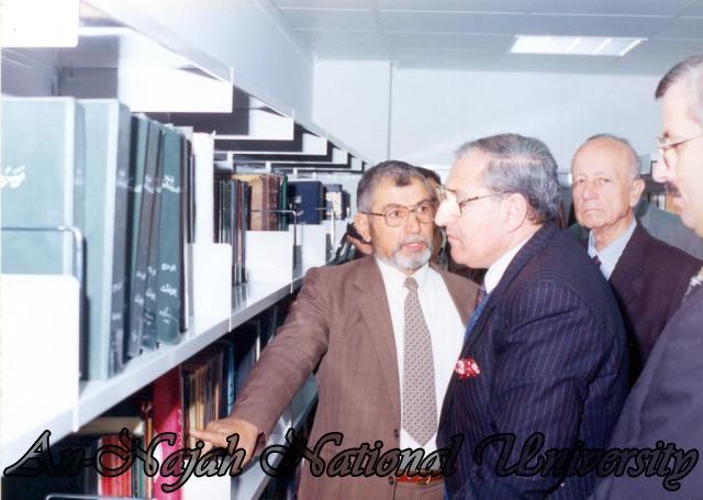 زيارة السفير المصري للجامعة