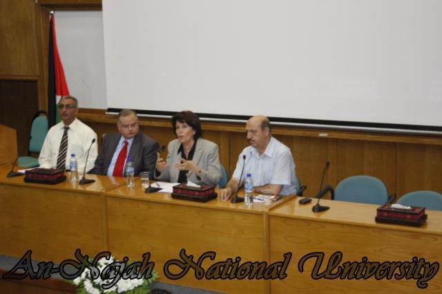 زيارة وزيرة الشؤون الإجتماعية د.ماجدة المصري (16)