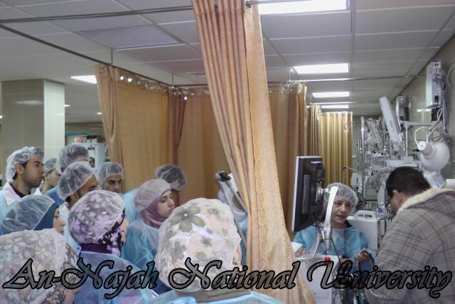 طلبة من قسم التمريض في الجامعة يزورون مستشفى رفيديا في نابلس 10