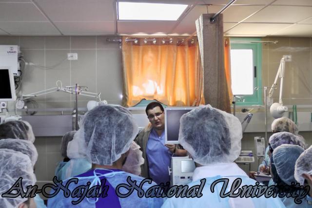 طلبة من قسم التمريض في الجامعة يزورون مستشفى رفيديا في نابلس 7