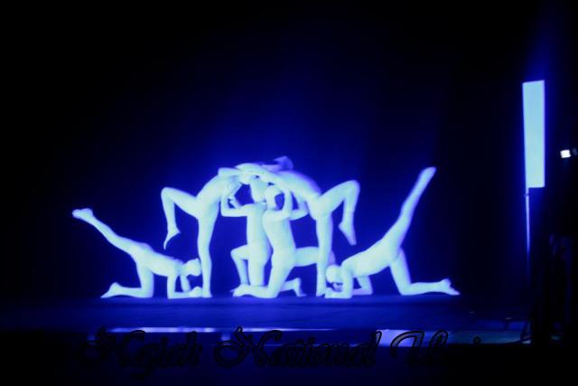 عرض توازن معاصر مصاحب بالموسيقى 07.03.2012 3