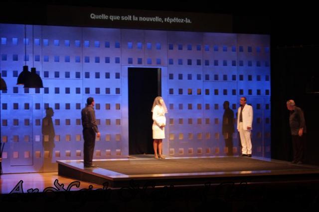 عرض مسرحية انتجونا سوفوقليس 11