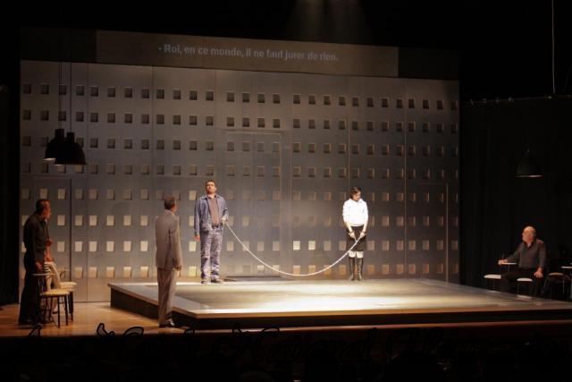 عرض مسرحية انتجونا سوفوقليس 5