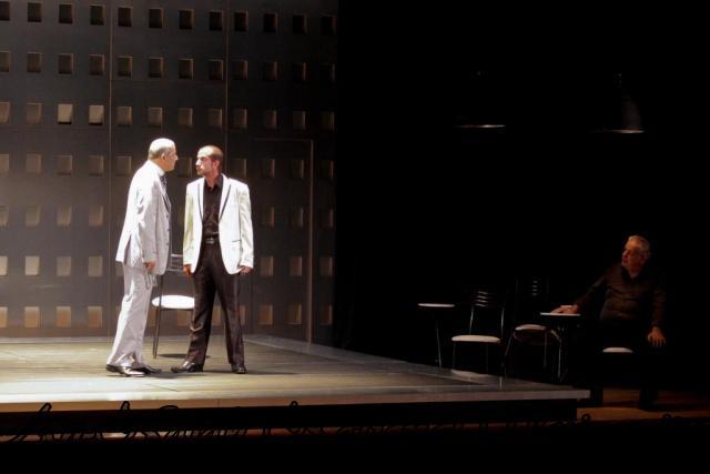 عرض مسرحية انتجونا سوفوقليس 6