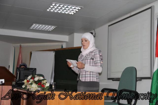 ورشة عمل بحثية لطلبة مساق صورة المرأة في المناهج الفلسطينية (13)
