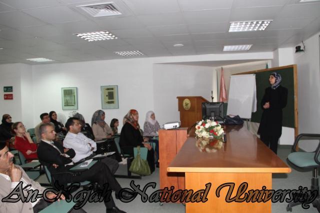 ورشة عمل بحثية لطلبة مساق صورة المرأة في المناهج الفلسطينية (6)