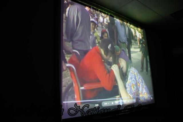 04.09.2011, محاضرة الدكتور Patch Adams مختر اسلوب العلاج بالضحك  4