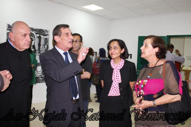 04.09.2012 معرض داخل الاطار، خارج الاطار 14
