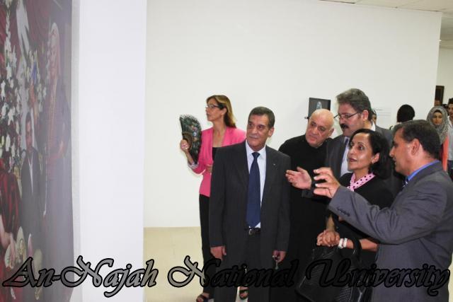 04.09.2012 معرض داخل الاطار، خارج الاطار 7