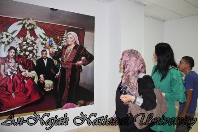 04.09.2012 معرض داخل الاطار، خارج الاطار 8