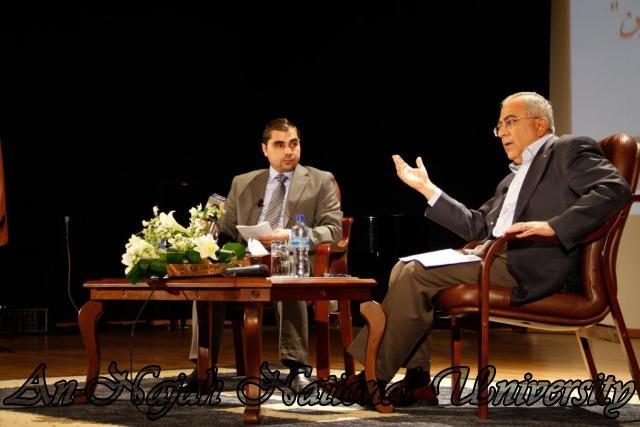07.10.2012  لقاء رئيس الوزراء الدكتور سلام فياض مع طلبة الجامعة 5