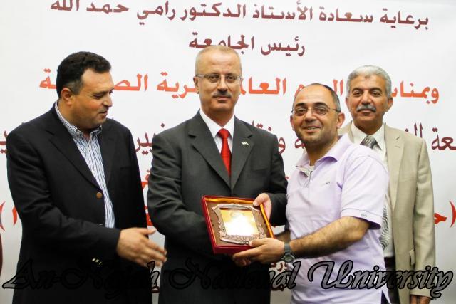 10.05.2012 حفل تكريم الصحفيين الفلسطينيين بمناسبة اليوم العالمي لحرية الصحافة 45