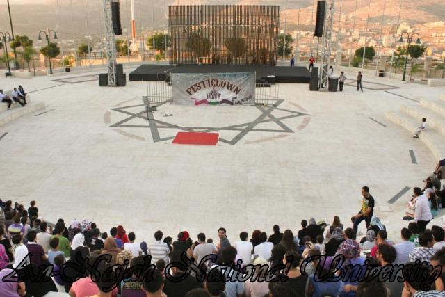 15.09.2011, الحفل الختامي لمهرجان  المهرجون الثوار من اسبانيا
