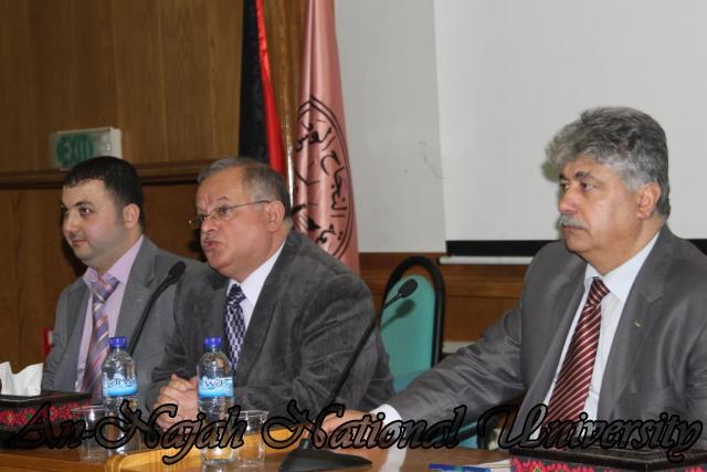 22.03.2011, محاضرة  الدكتور احمد مجدلاني وزير العمل 2