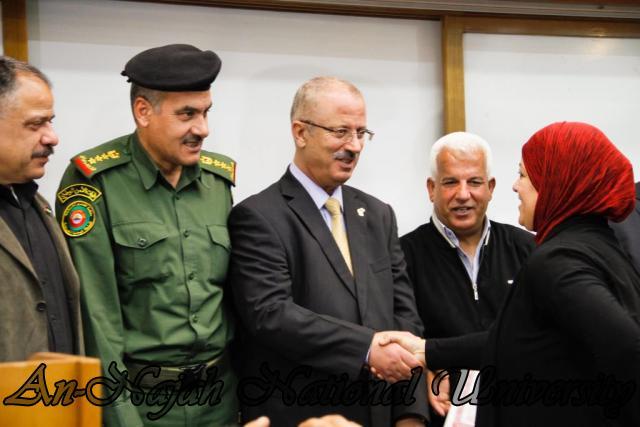 22.04.2012  ندوة الواقع الاجتماعي للاسيرات الفلسطينيات 22