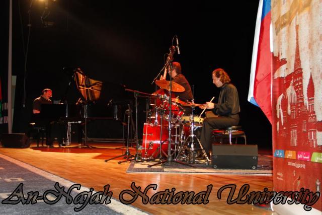 28.06.2012 عرض غنائي لفرقة الجاز الروسية 12