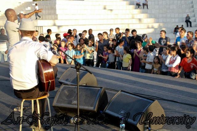 28.06.2012 عرض غنائي لفرقة الجاز الفرنسية 17