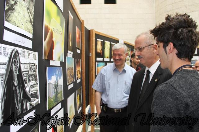 30.10.2011 افتتاح معرض صور   فلسطين بعيوننا 8