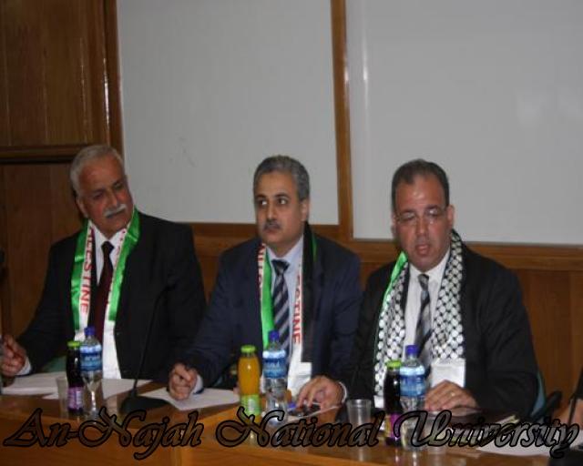 محافظ سلطة النقد يزور الكلية ويعقد ندوة فيها حول النظام المالي والنقدي الفلسطيني