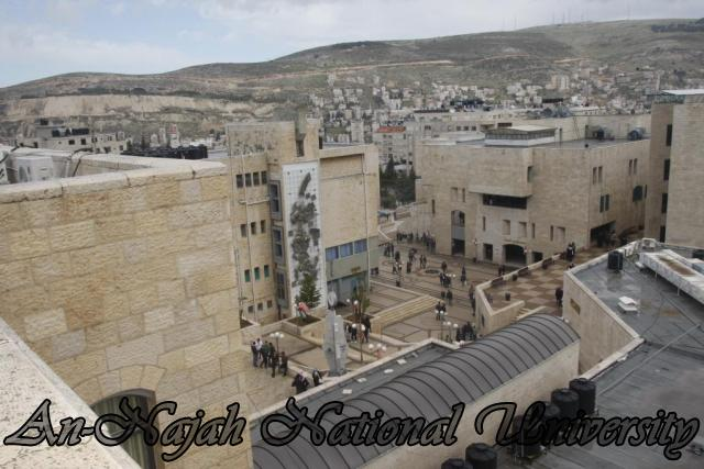 جولة مصورة في جامعة فلسطينية Old%20Campus%20(71)